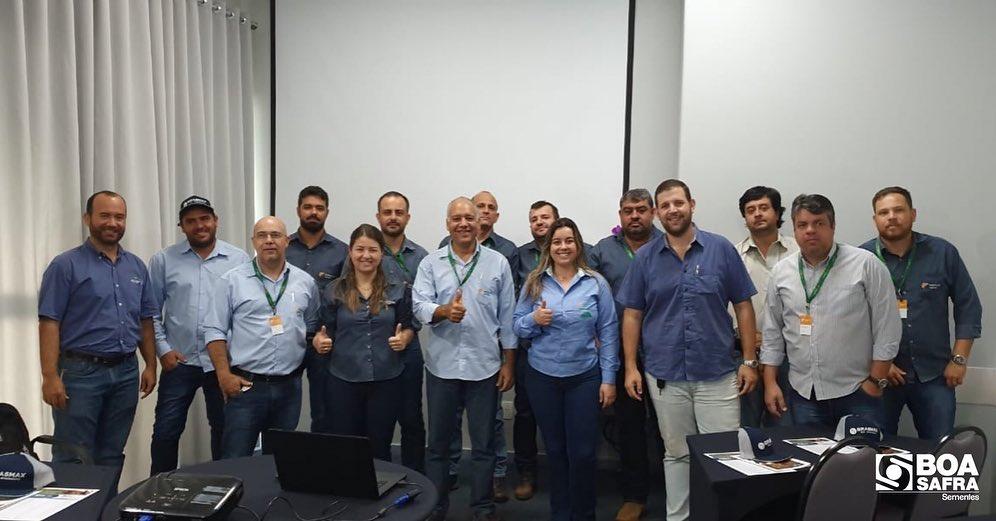 Boa Safra realiza treinamento técnico na revenda Fortaleza Agrícola