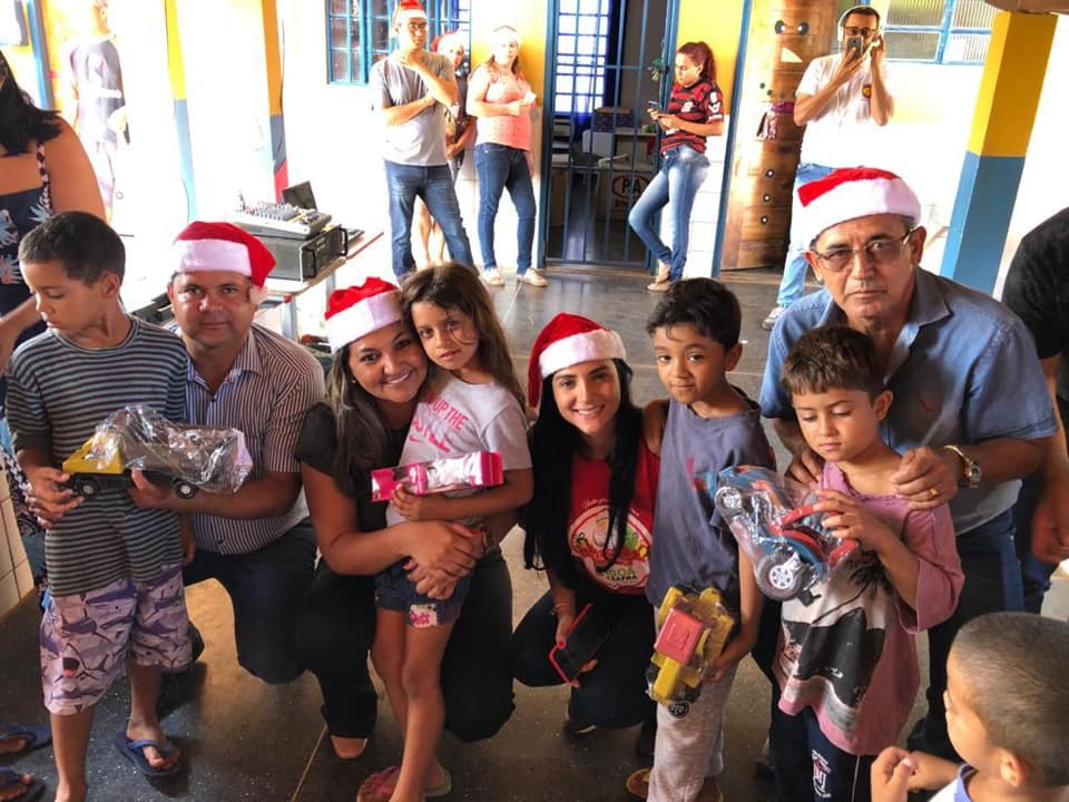 Boa Safra realiza Natal Solidário em Cabeceiras/GO.