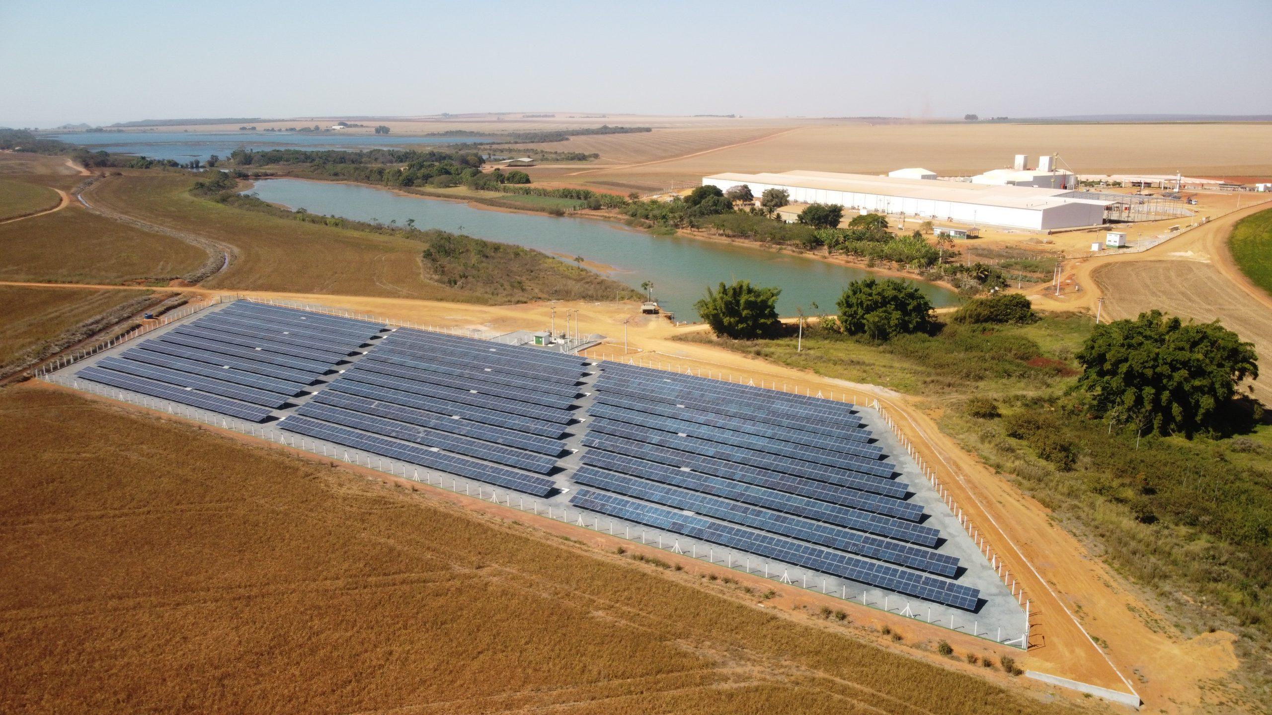 Boa Safra inaugura usina fotovoltaica em unidade de Goiás